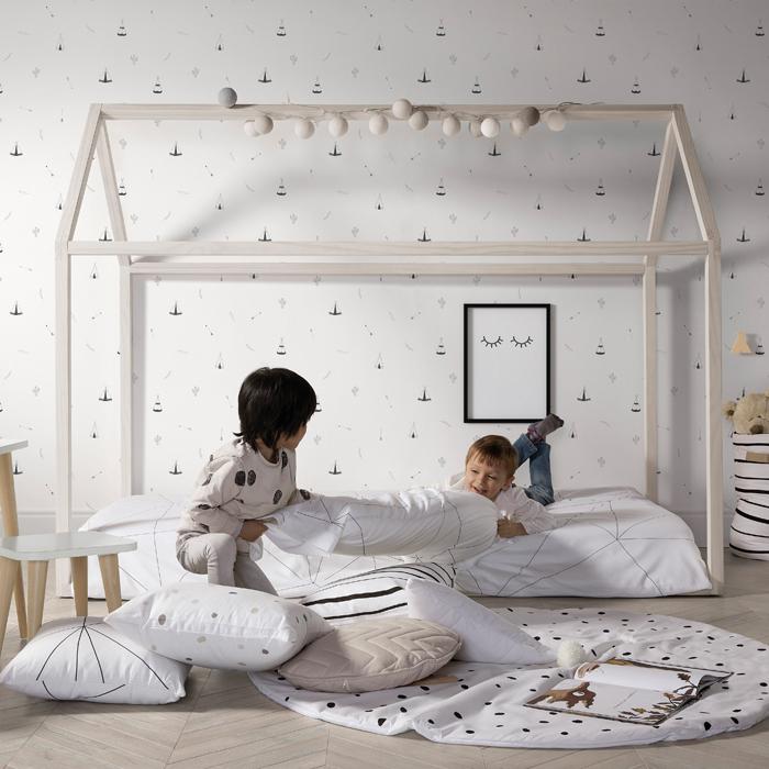 Juega y aprende en casa con los muebles del método Montessori